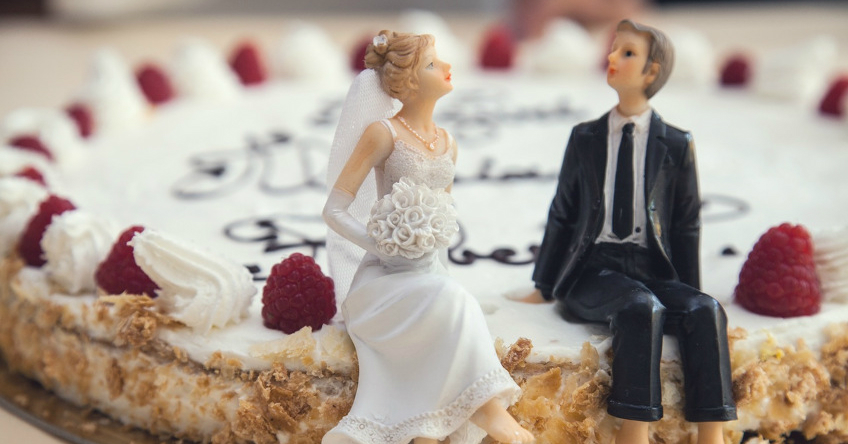 new_food-couple-sweet-married
