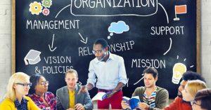 職場の人間関係がうまくいかないあなたを救う8つの考え方